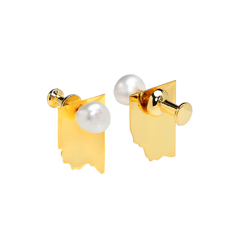 CULTURED BAROQUE PEARL GOLD PIN EARRINGS