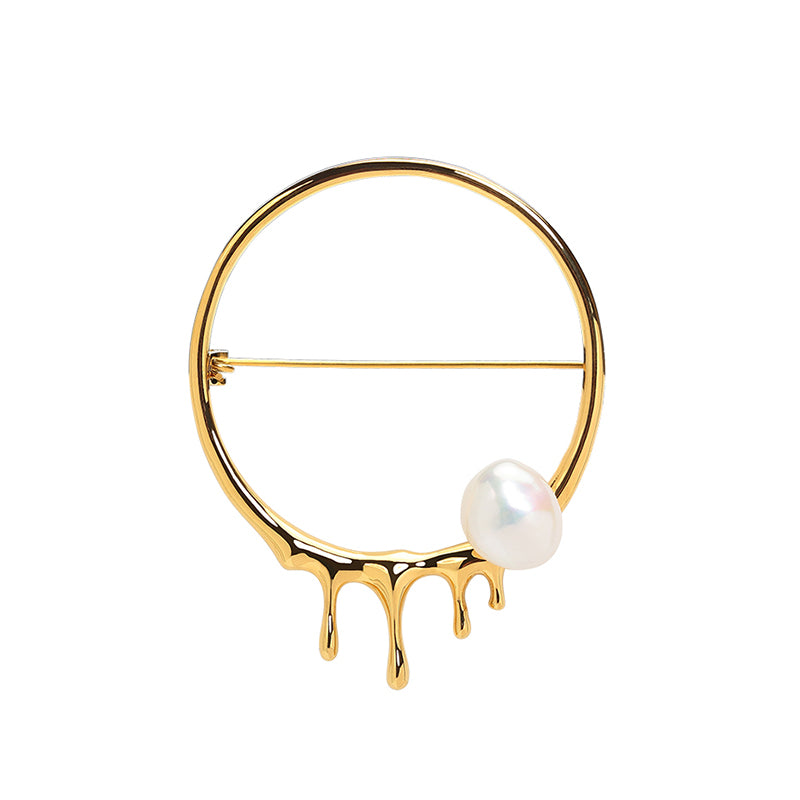 CULTURED BAROQUE PEARL DRIPPING GOLD HOOP BROOCH
