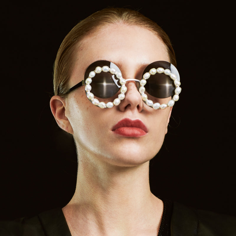 RETRO BAROQUE PEARL ROUND SUNGLASSES