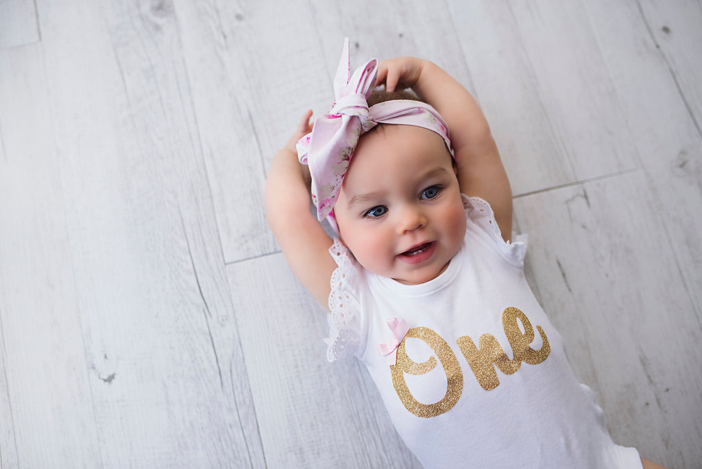 gold-glitter-one-bodysuit-onesie