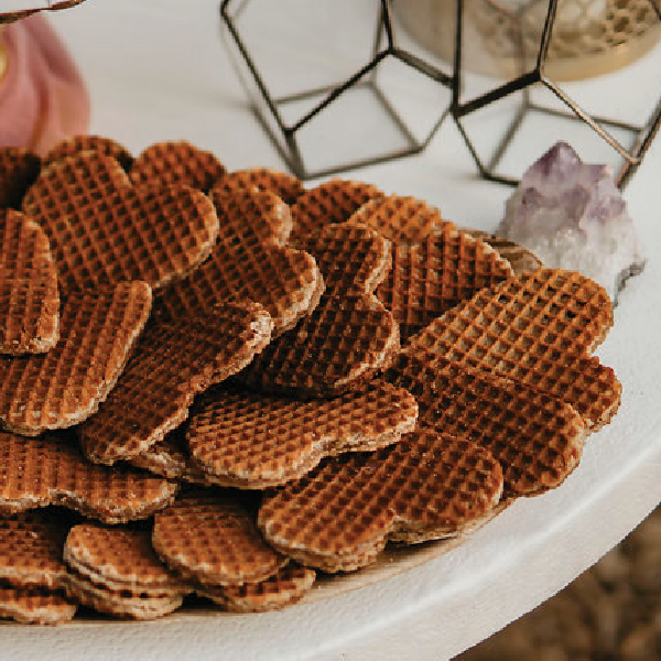 Stroopwafel Cookie Dessert Platter Display-Gourmet Wedding Gifts and Wedding Favors for guests