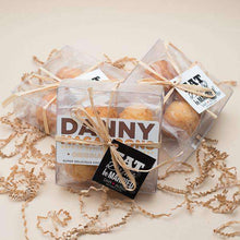 Load image into Gallery viewer, Personalized 4 Piece Macaroon Gift Box Favors-Gourmet Wedding Gifts Personalized custom party favors and corporate event gifts