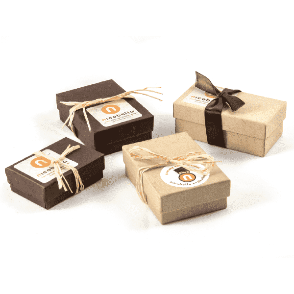 Chocolate Wedding Favors.Organic Vegan Dark Chocolate Truffle Gift Box Favors