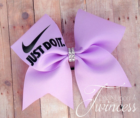 Light purple cheer bow