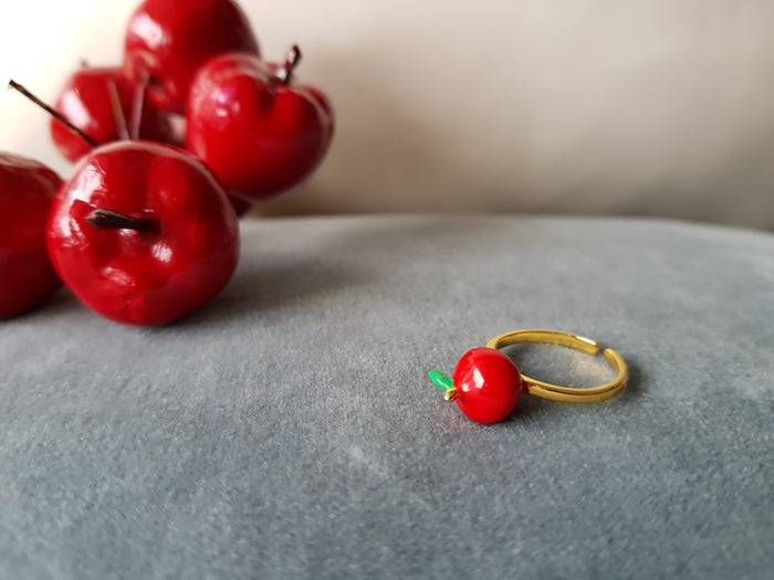 [PREORDER] Saturday Apple Ring (kid & adult)