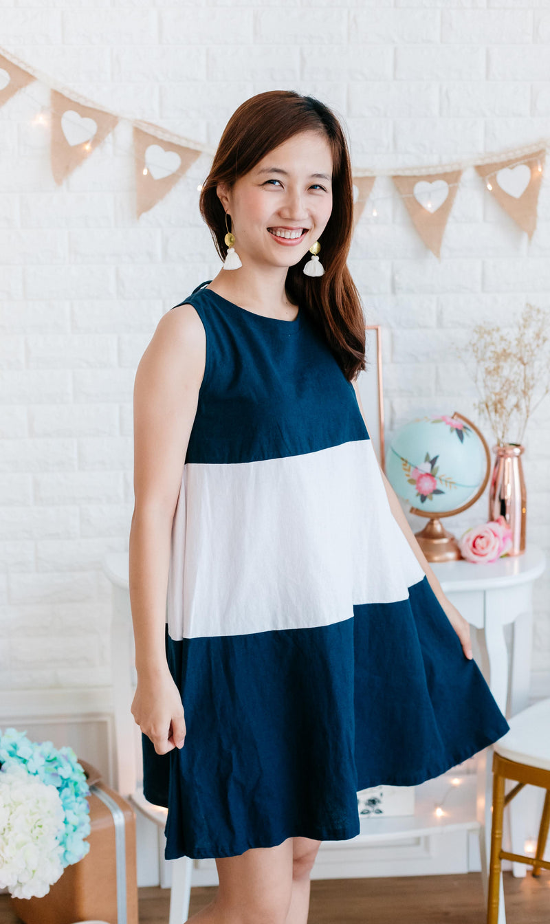 Linen Sleeveless Dress with back ribbon (Navy/ Beige)