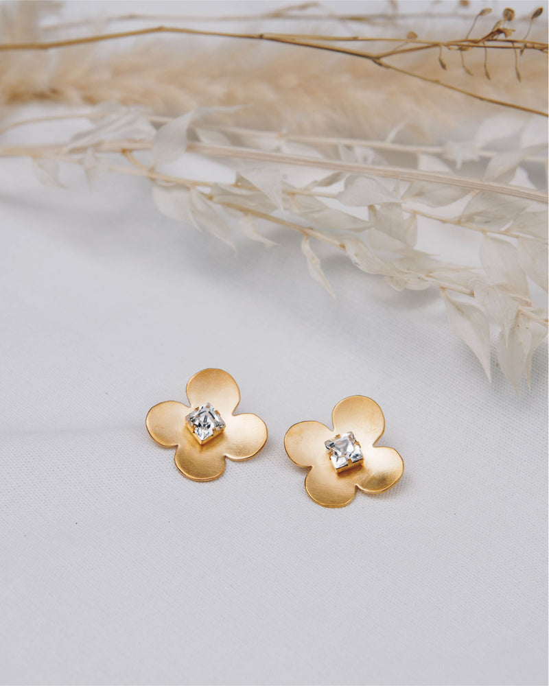 W.SEN Petit Fiore Gold Earrings