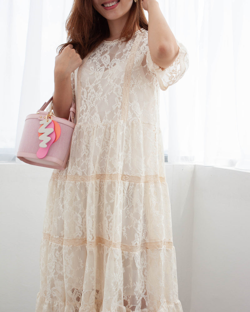 Victoria Lace Dress (Woman Free Size)