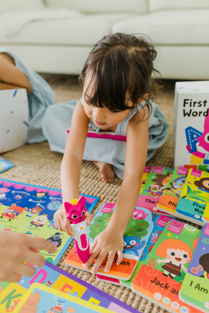 Pinkfong First English - Premium English Book Collection with Smart Pen