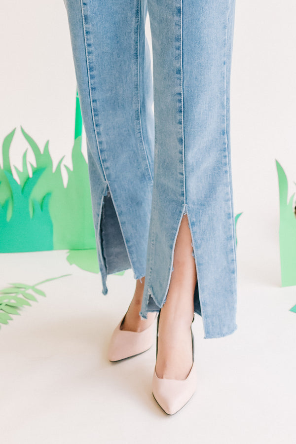 Wide Cut Denim Pants