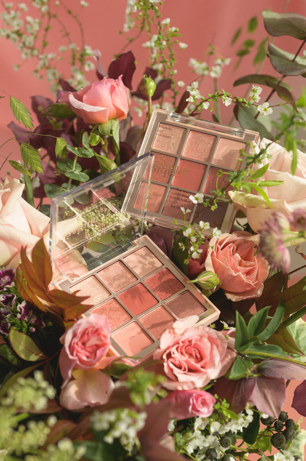 Dasique Eyeshadow Palette (02 Rose Petal)
