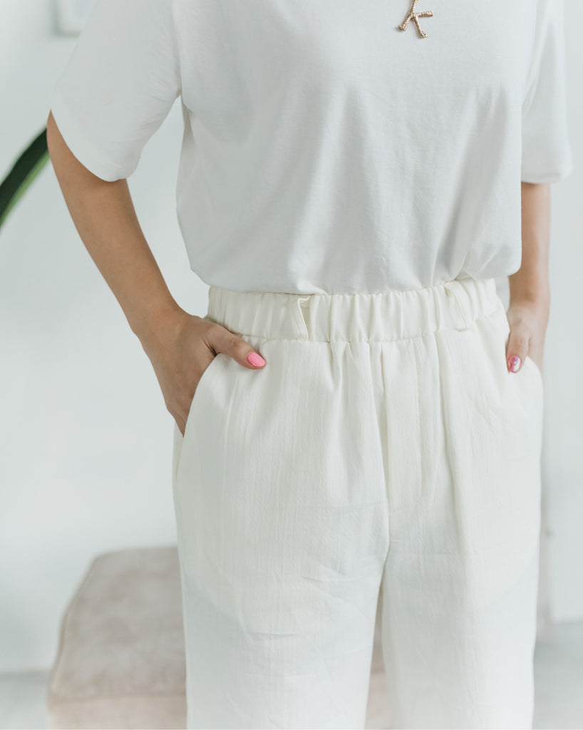 [READYSTOCK] Relaxed Straight Leg Cream Pants
