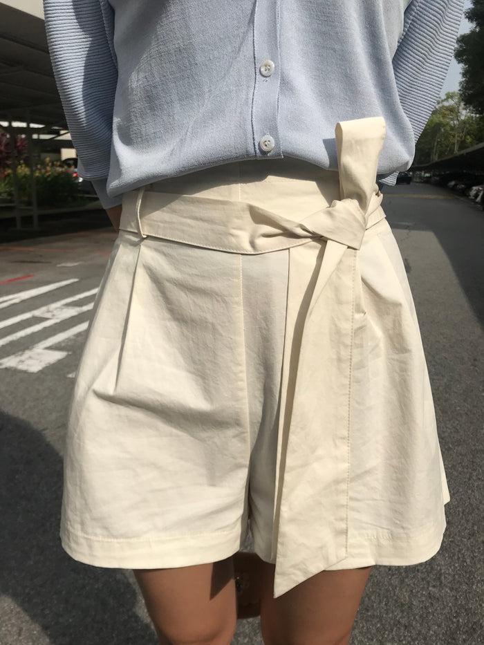 Ribbon sash Shorts