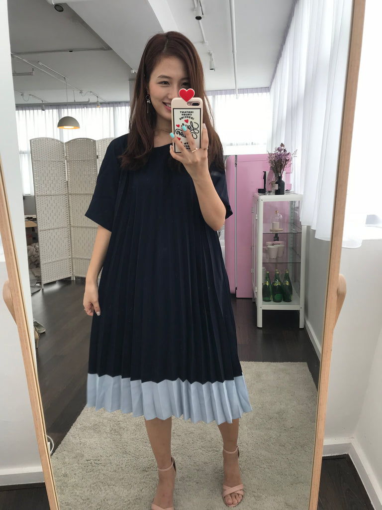 [PREORDER] Flare Pleated Dress (Woman Free Size)