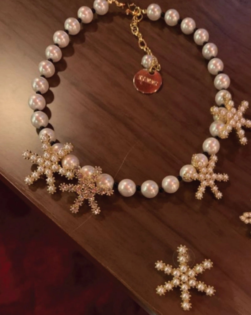 Kimmi Studio Star Pearl Necklace / Earrings
