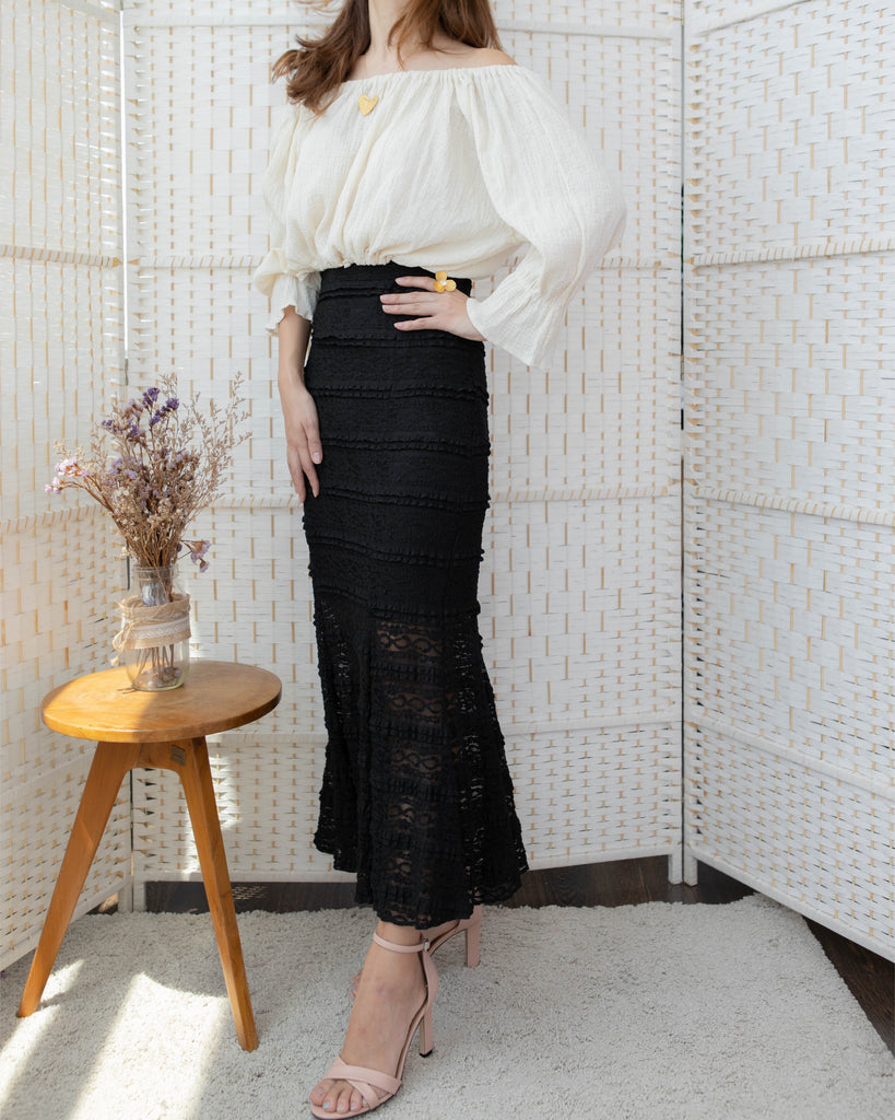 Flare Lace Skirt Black