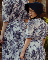 Twinning Margie & Jane Dress White/Navy Print (Woman/Girl)