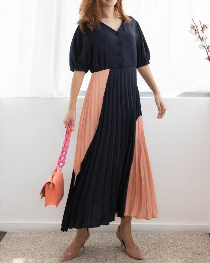 Colour Block Pleat Dress (Navy Blue /Sand)