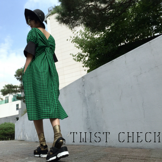 [3rd Restock]Twist Check Dress Mom
