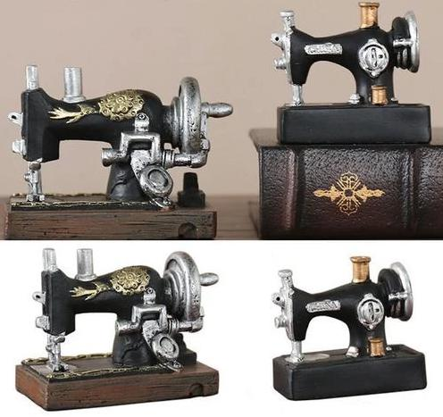 Mini Sewing Machine Desktop Decoration