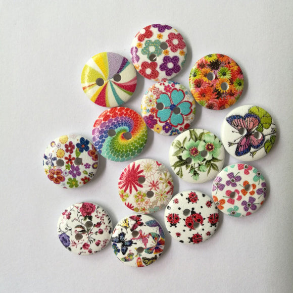 Flower Pattern Wooden Buttons - 50pcs