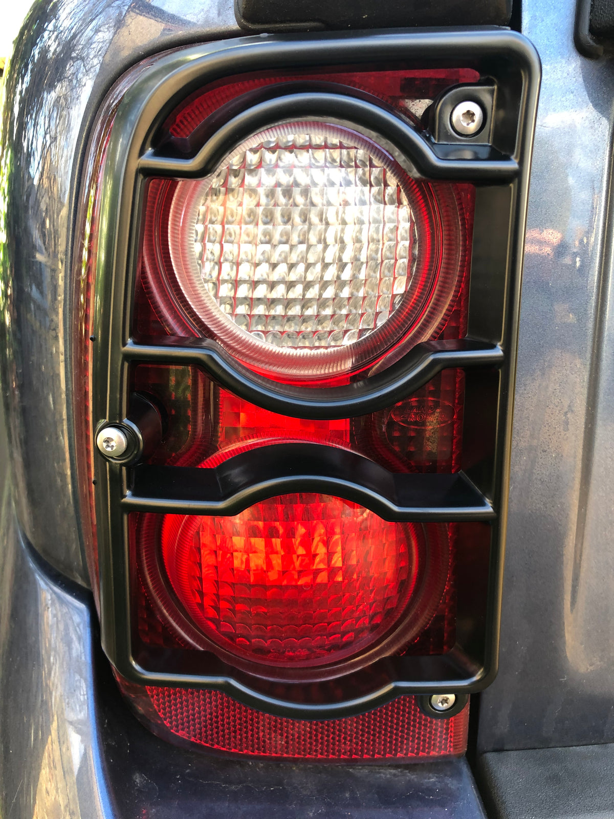 Freelander 1 Rear Light Guards