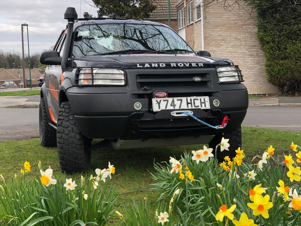 A Freelander 1 Winch Tray / Mount