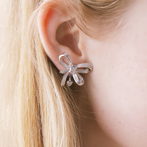 VERY PRETTY BOW EARRINGS