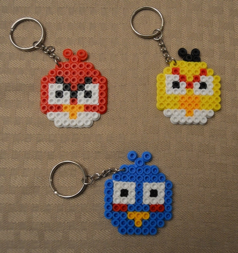 Angry Birds party favors! - Set of 3 keychains or zipper pulls