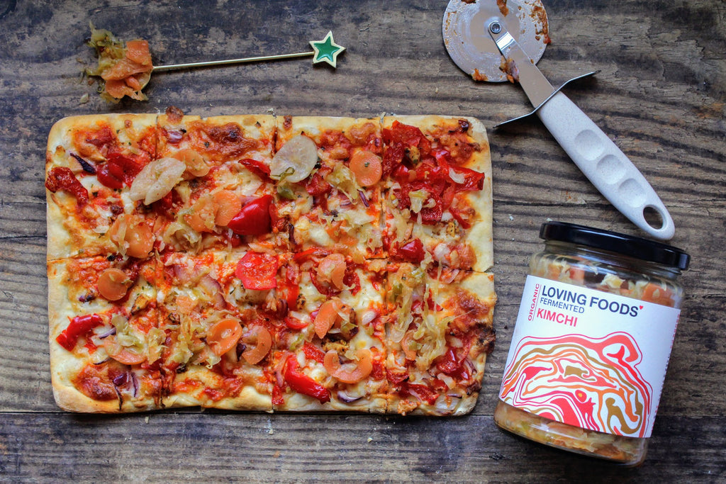 Roasted Red Pepper & Kimchi Flatbread Pizza