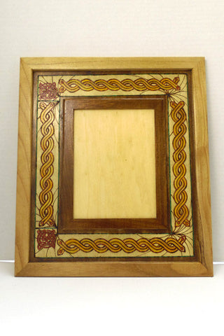 "6"" x 8"" Frame ""Celtic Burst"""