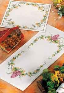 107346 Grapes/Leaves Table Mat