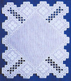 Treasure Table Mat, Satin Stitches
