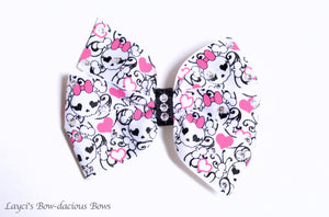 Glamour Skull Bow with Swarovski Crystals