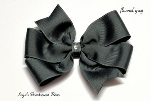 small flannel grey bow, medium grey bow, large gray bow, extra large gray bow, grey pinwheel hair bow