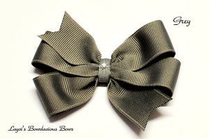 small grey bow, medium grey bow, large gray bow, extra large gray bow, grey pinwheel hair bow