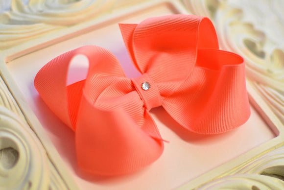 large coral boutique hair bow, small coral bow, coral baby bow