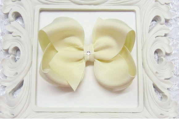 ivory boutique hair bow, ivory baby bow, wedding bow