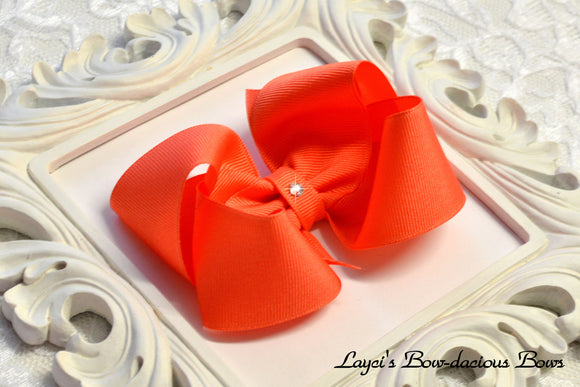 living coral boutique hair bow