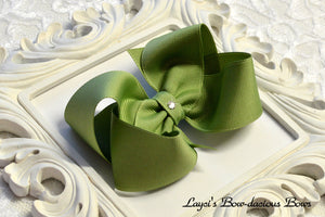 spring moss boutique hair bow, green baby bow, large green bow