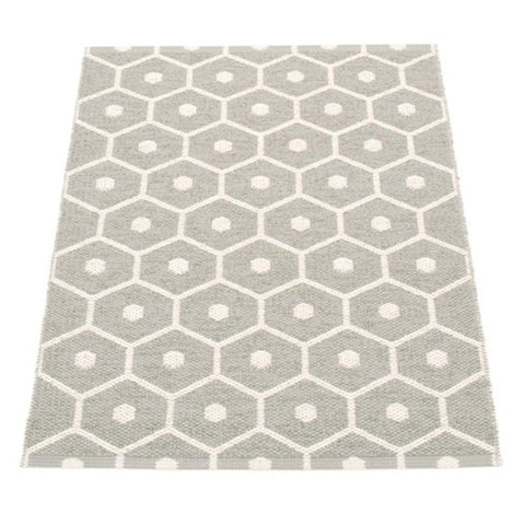 Pappelina Sweden Honey Mat - Warm Grey & Vanilla - Tea Pea Home