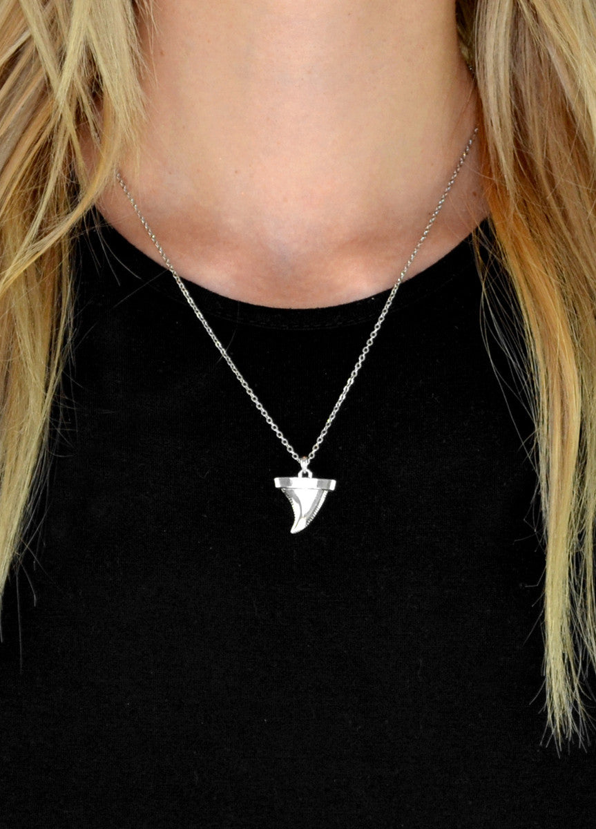 Metal Shark Tooth Pendant Necklace