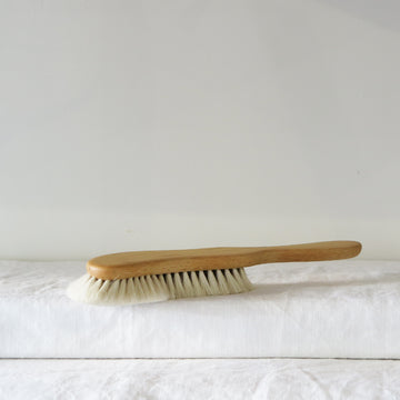 Corner Dust Brush