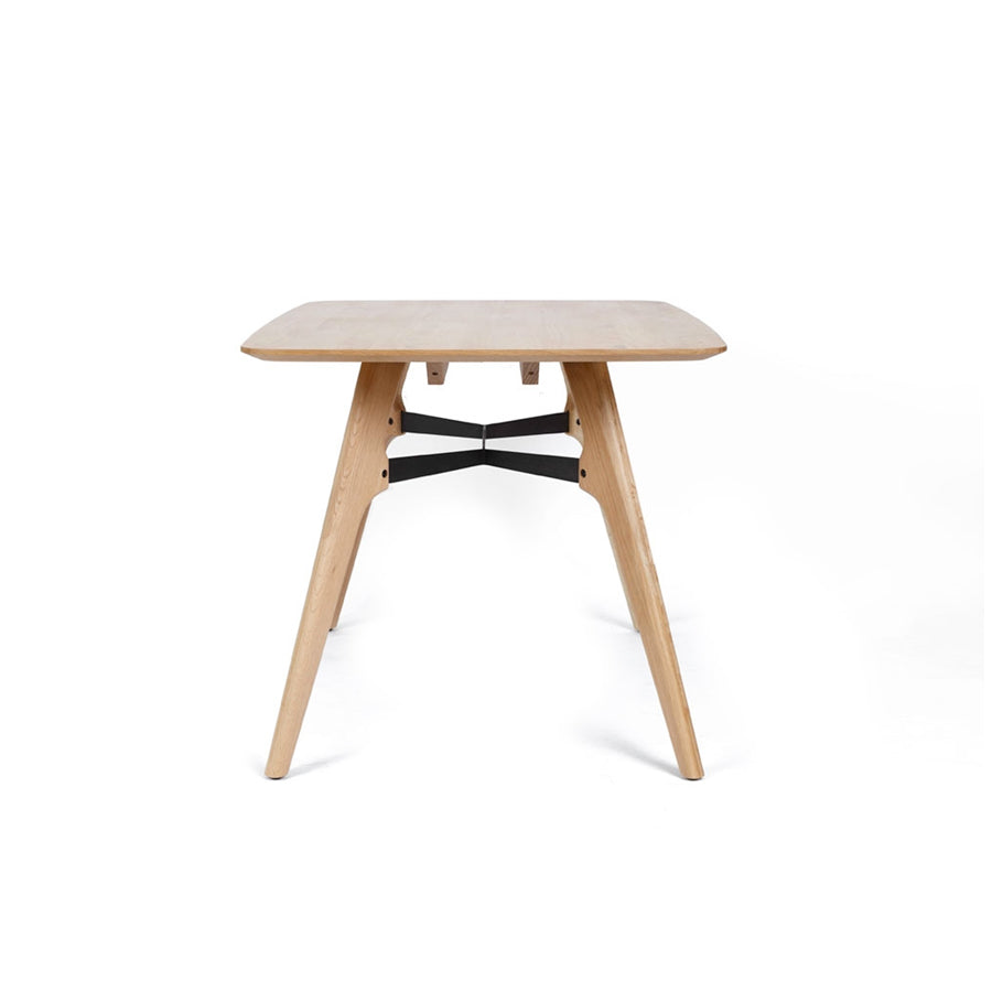 Waikiwi dining table - 1300mm x 850mm
