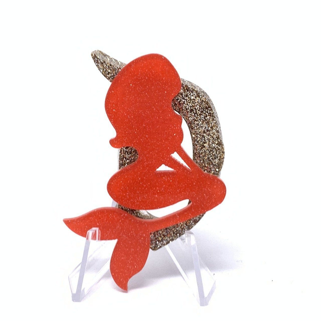 Resin D Brooch - Champagne Glitter with Coral Mermaid