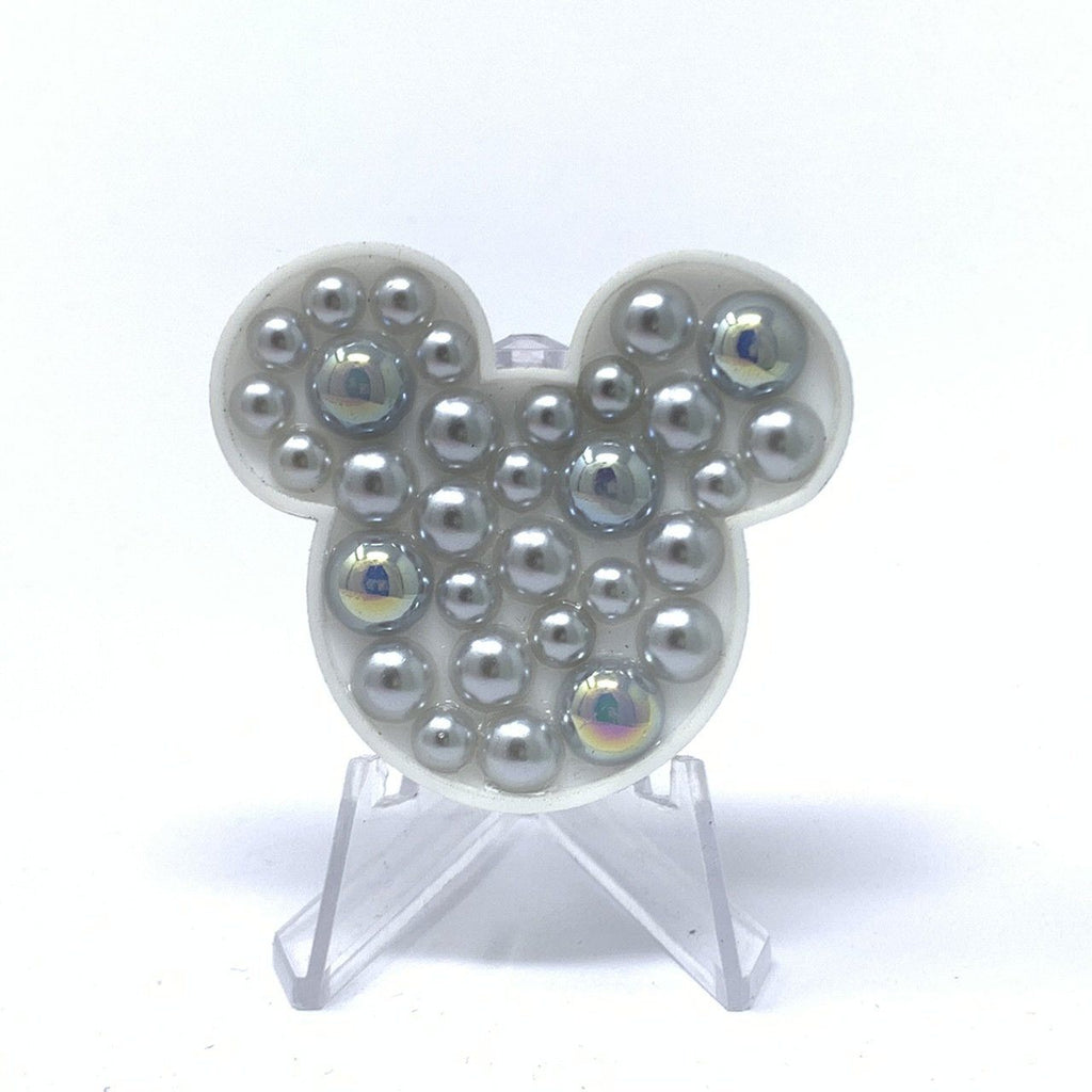 Mouse Acrylic Brooch - Gray Pearls