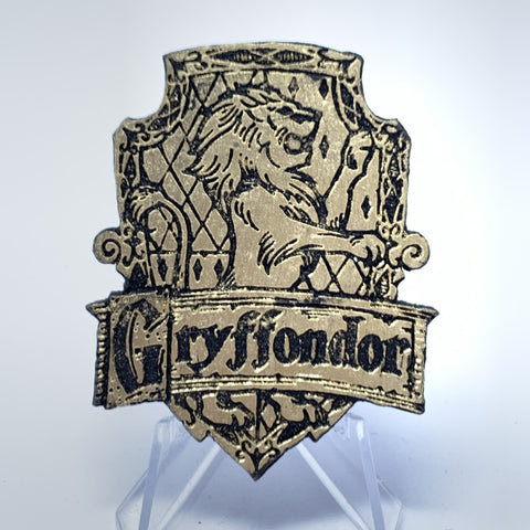 Griffindor Crest (Wood Pin) - Gold