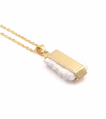 Quartz Necklace (Gold)