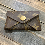Upcycled Card Holder (Round Closure)