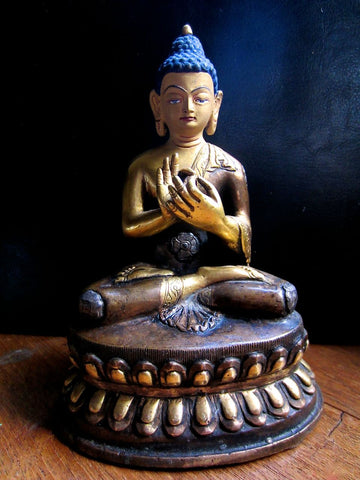 Teaching Buddha Statue